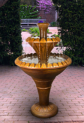 Nouveau Two-Tier Fountain