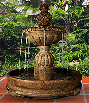 Pina Cascada Fountain in Rondo Pool